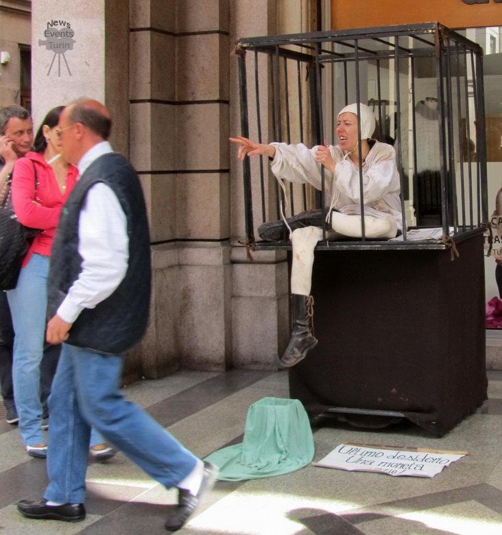 Средневековый спектакль в современном Турине