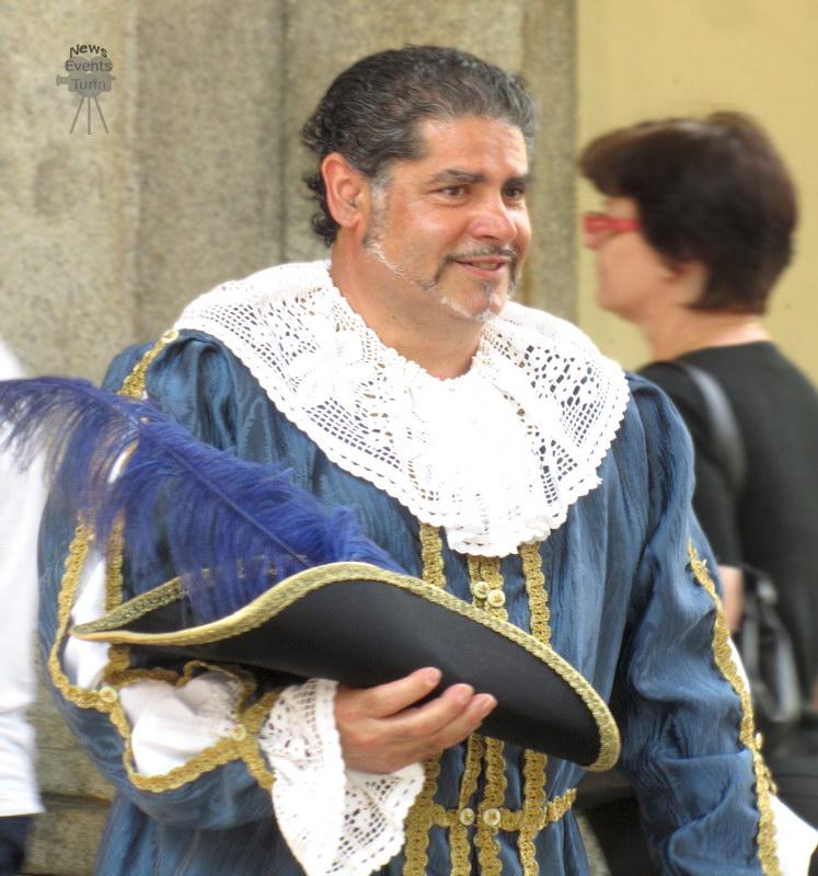 Туринец в античной одежде