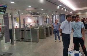 Пассажиры метро Турина оказались в кромешной тьме на 10 минут