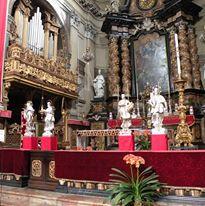 Религиозные курсы в церквях Турина