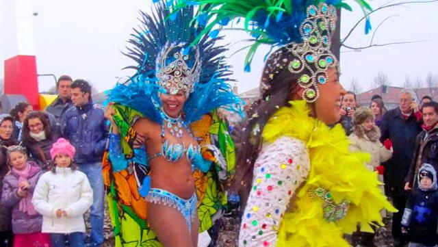 Карнавал в Турине Пьемонт 2013 Италия - Фото и видео
