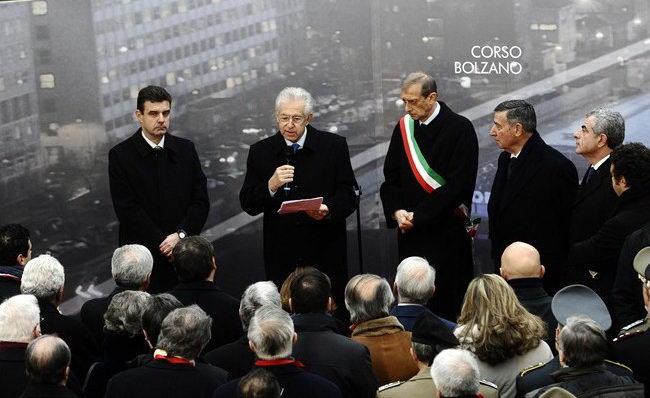 Марио Монти в Турине на инаугурации вокзала