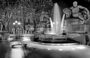 Ангельский фонтан в Турине- черная и белая магия Турина.