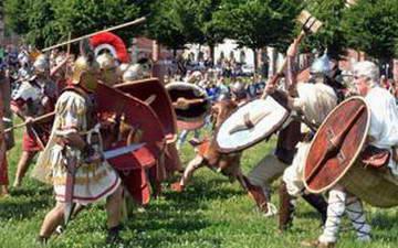 Турин – битва в старинных костюмах.