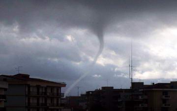 Ураган Турин Италия непогода