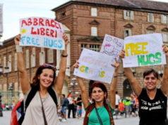 Бесплатные объятия в Турине 2013