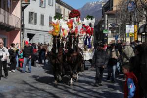 Необычные карнавалы Италии истории карнавалов Пьемонта