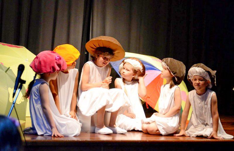 Италия Турин русские школы и русский театр III русский фестиваль в Турине Италия