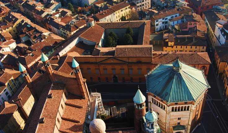 Кремона в Ломбардии и другие города севера Италии