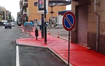Красные тротуары в Никелино Турин