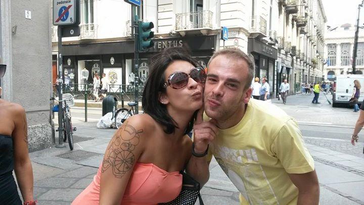 Trucco Per Farsi Baciare ragazza – Esperimenti Sociali – NCMLF