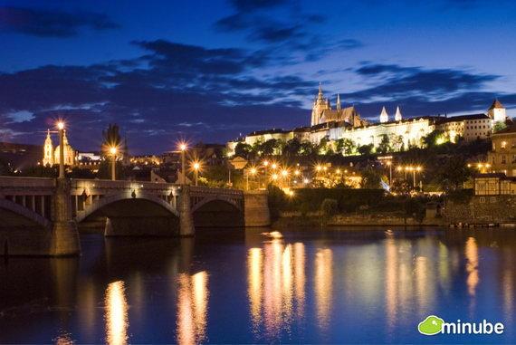 Прага — город и столица Чехии; административный центр Среднечешского края