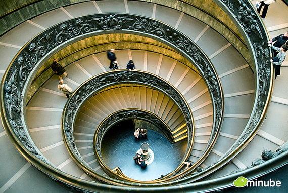 Ватикан — карликовое государство самое маленькое в мире, расположенное в Риме