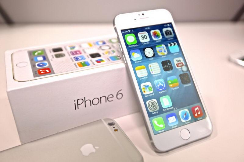 Турин в ожидании огромной очереди на новинкой iPhone 6