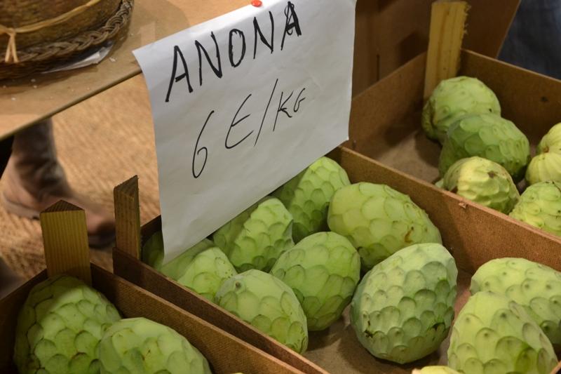 Необычные овощи и фрукты с ярмарки вкуса в Турине