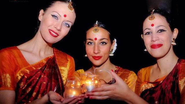 Индийский праздник огней Турин Diwali 2014 Torino foto video