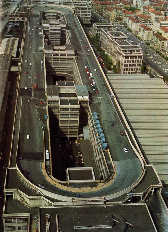 ФИАТ Турин исторические гонки на крыше завода смотреть фото и видео Площадка для испытания автомобилей фиат на крыше фото