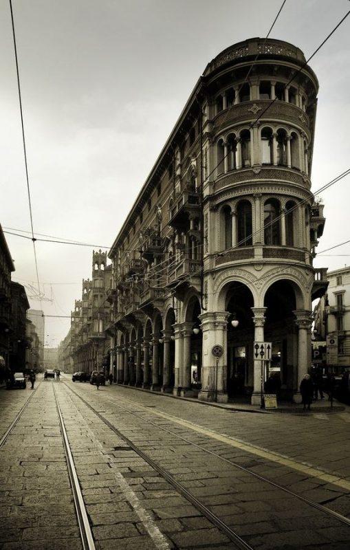 Центр города Турин смотреть архитектуру Турина