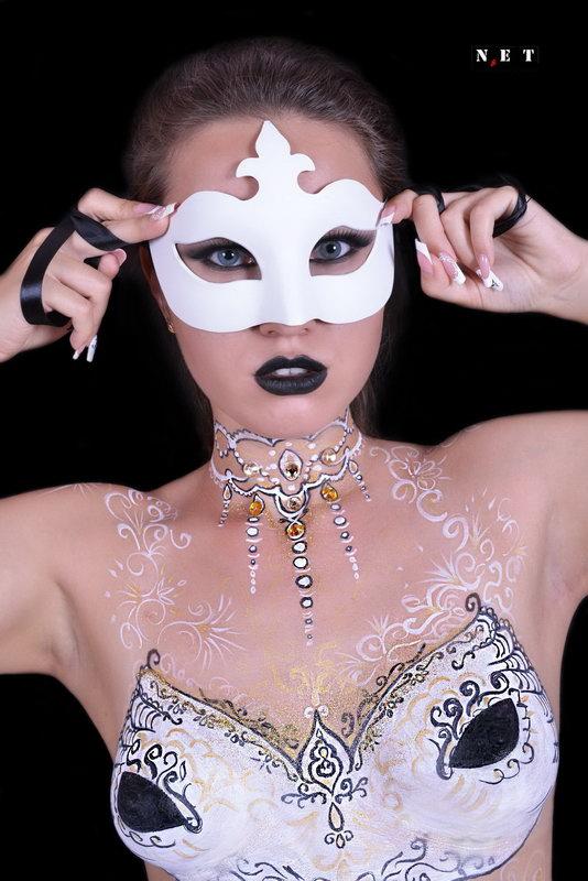 Studio Kaushka progetti a Torino Italia fotografo cameraman Body painting Torino Italia