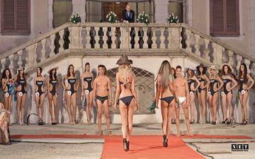 Итальянская мода в июле Турин фото видео