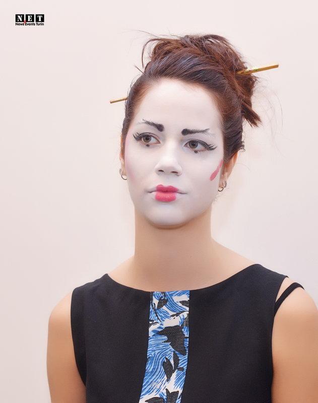 Фотограф в Турине японский сюрреализм на показе мод Италия
