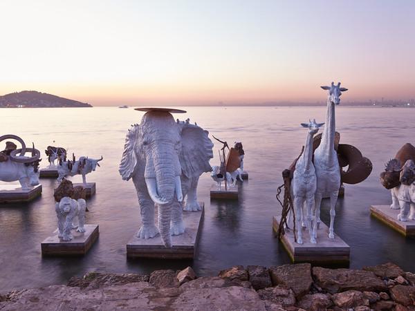 Аргентинский скульптор Адриан Вильяр Рохас в Турине