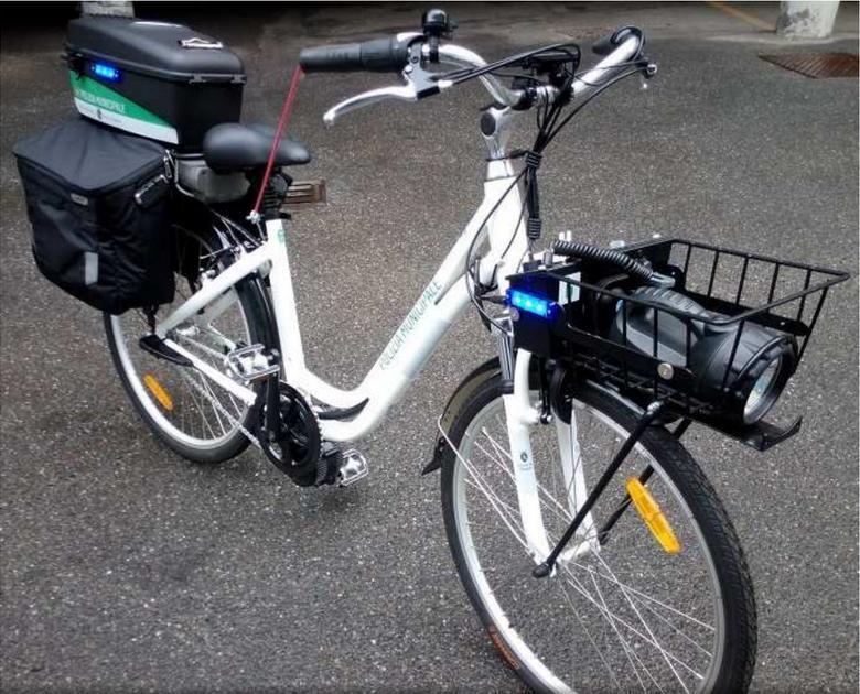 Полиция Турина на велосипедах в центре города
