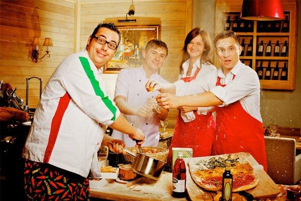 Итальянские чудо повара кухня средиземноморская