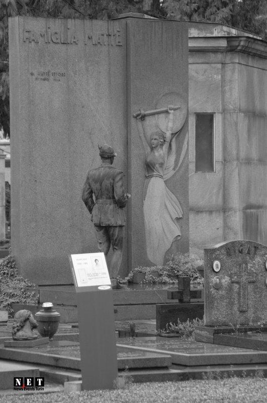 Жертвы войны в Турине Италии кладбища