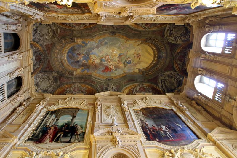 Потолки королевского дворца в Турине