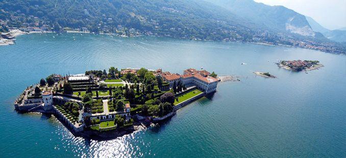 Большое озеро в Пьемонте лаго мажиоре