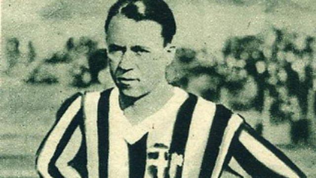 Первый трансфер игрока Ювентус на рынке футбола