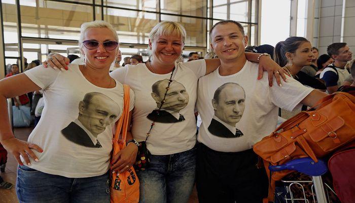 Русские туристы в Италии в майках с Путиным итальянцы о русских туристах