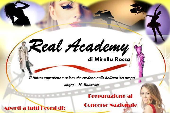 В Турине открывается академия моды Италия