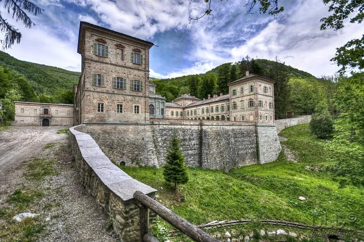 Замок Каското - Castello di Casotto