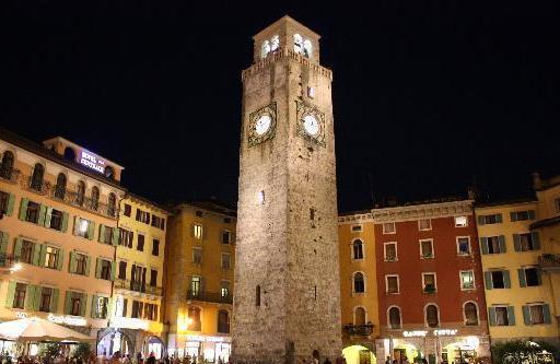 Башня Torre Apponale Север Италии
