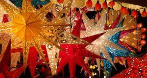 Рождественские рынки Турина Италия борго Дора
