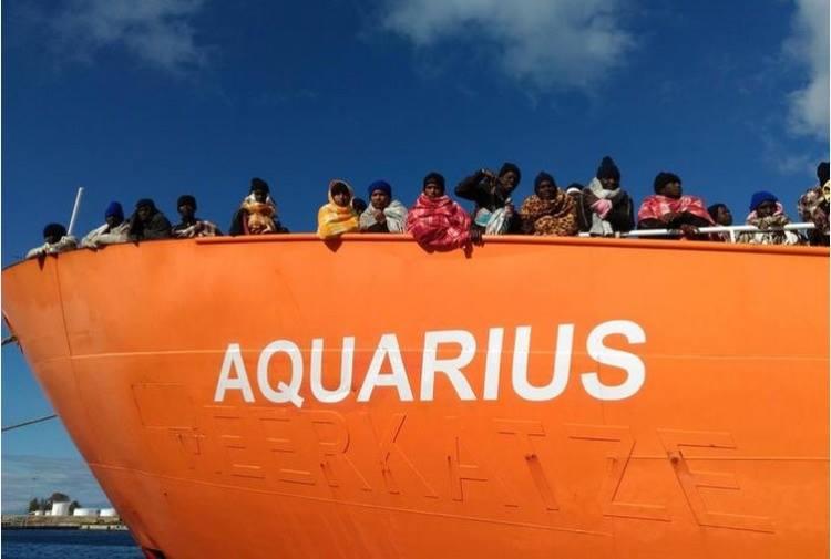 Италия отказывается принимать беженцев в Италию