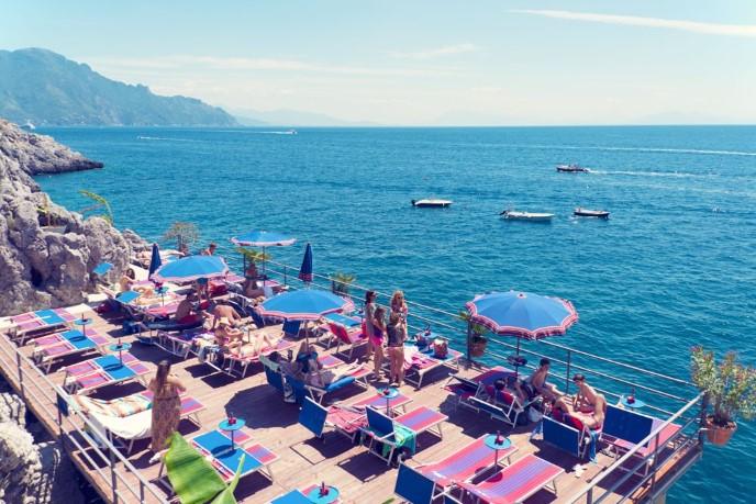 Лидо ресторан на берегу моря италия