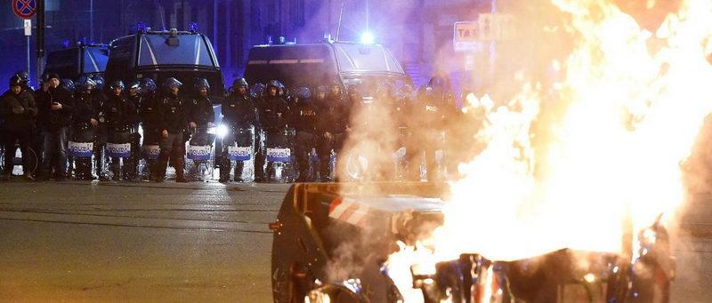 Серьезная атака анархистов, партизанские войны в Турине Италия