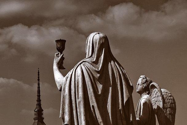 Великая Матерь Божья статуя Турин чаша Грааля Церковь Великой Богоматери в Турине