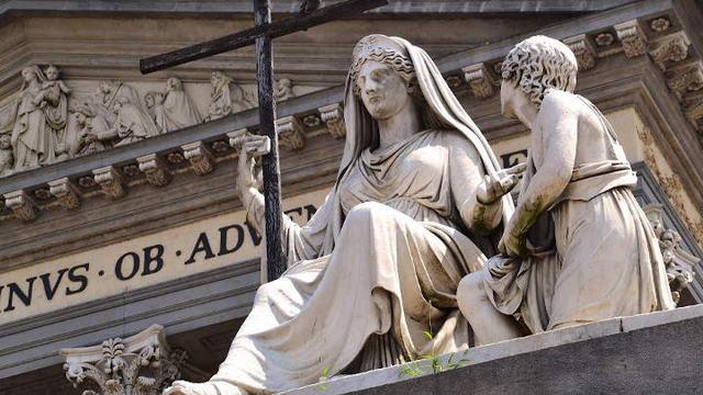 Турин город с двумя душами памятник в Турине
