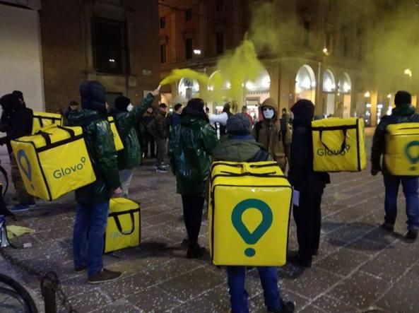 Протест доставщиков еды Glovo Италия