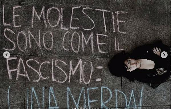 В Турине на асфальте протест против преследования женщин