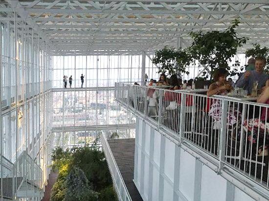 В Турине 3 сентября вновь открывается ресторан на 35 и бар на 37 этаже небоскреба.