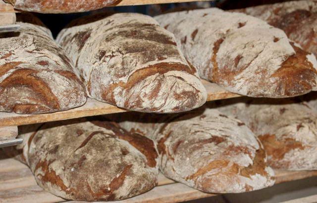 Секрет лучшего итальянского хлеба в Италии и Пьемонте хлеб в Турине