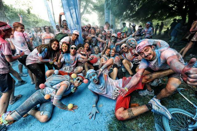 Шестой год подряд The Colour Run возвращается в Турин, 5 км веселья