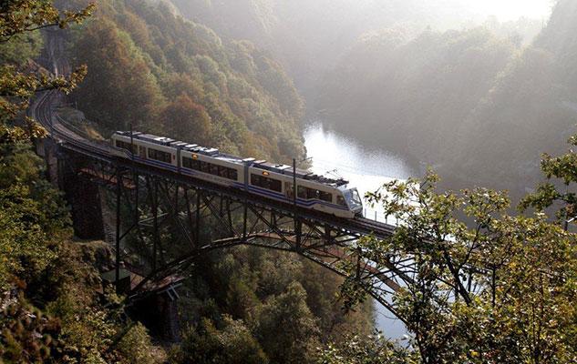 Альпийская железная дорога путешествие по Пьемонту север Италии