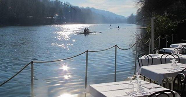 Туринцы не хотят расставаться с рестораном на берегу реки Пьемонт Турин январь 2020 года