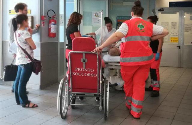Римляне после экстремального секса обратились в госпиталь.